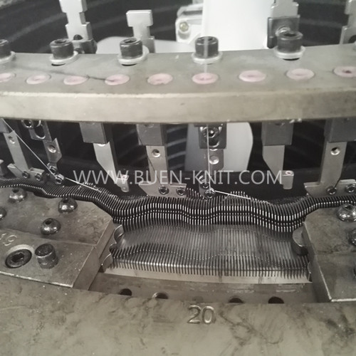 three thread fleece knitting machine